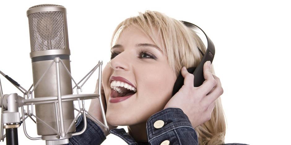 Habillages d'antenne radio, liners, jingles parlés et jingles chantés